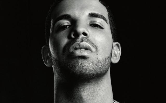Рэпер Drake запустил собственный виски